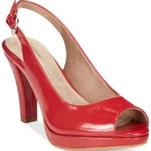 Bernini Benette Platform Pumps Red Size 7.5 M NIB